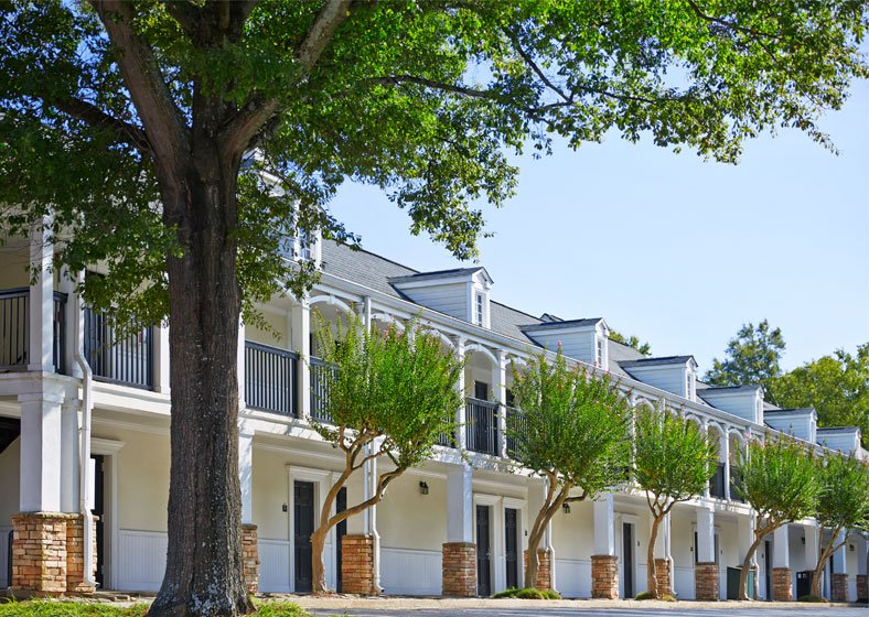 exterior of graduate athens guest rooms