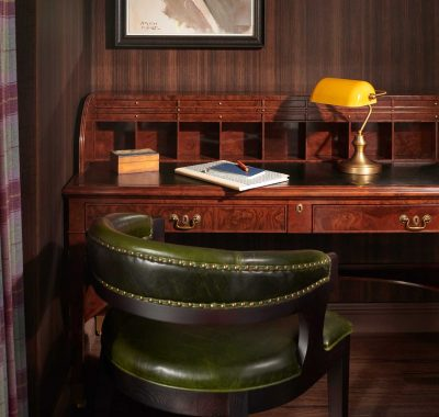 desk and chair in guestroom