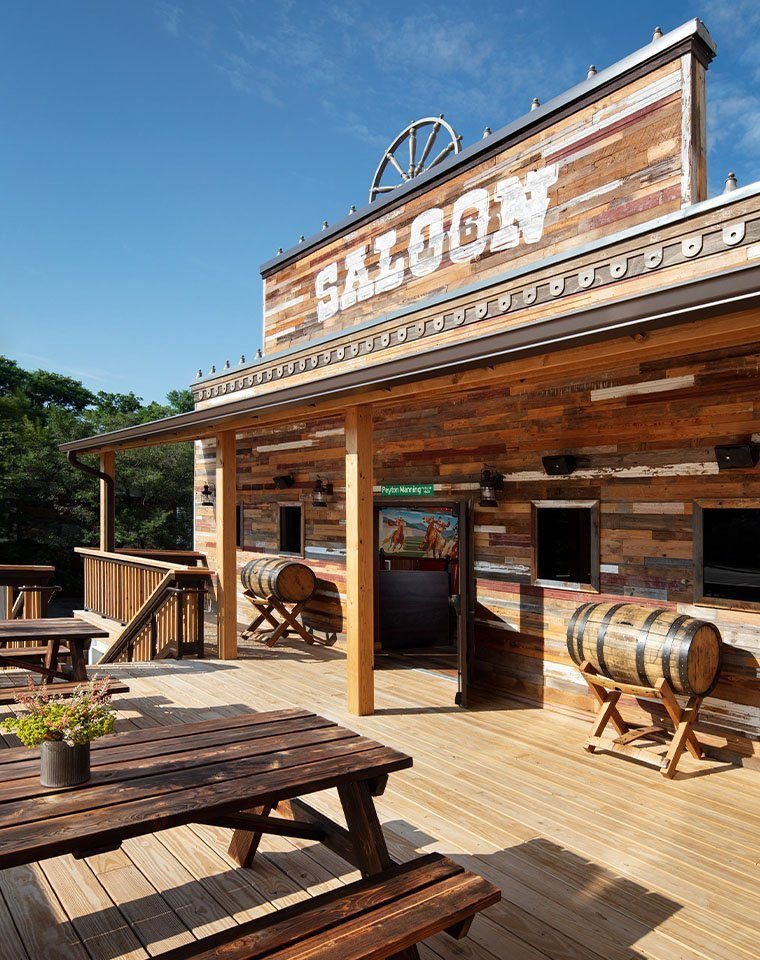 saloon 16 patio