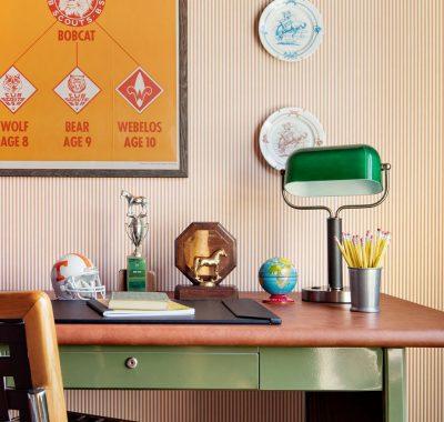 desk family suite