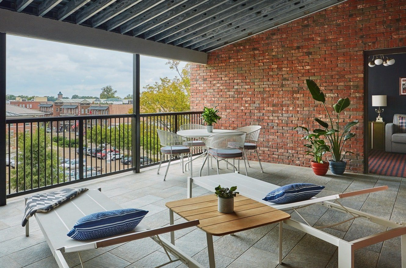 outdoor patio on conerly suite at graduate oxford
