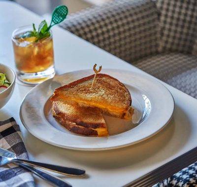 grilled cheese and cocktail